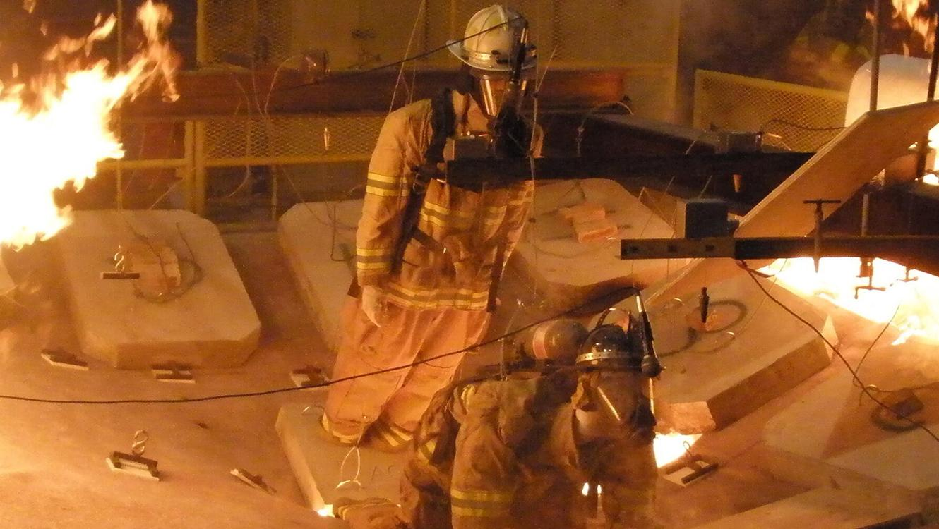 Structural Stability of Engineered Lumber in Fire Conditions